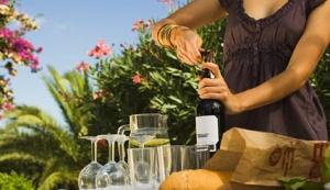 lifestyle_detail_media_filename_16_taste-wine